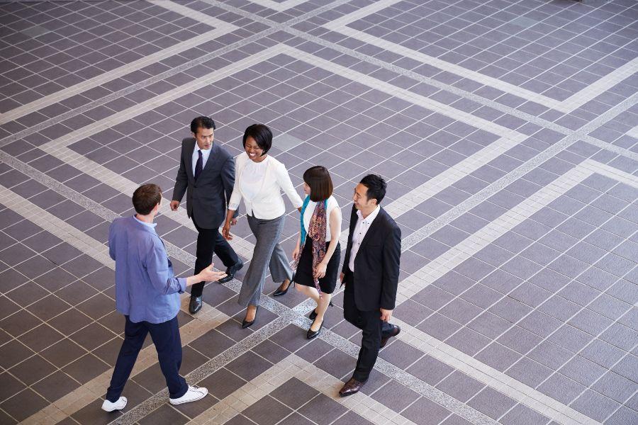 hodajuci-sastanci-1